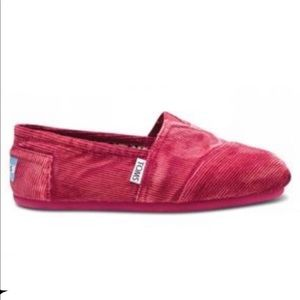 Toms Classic Freetown Slides in Pink Corduroy